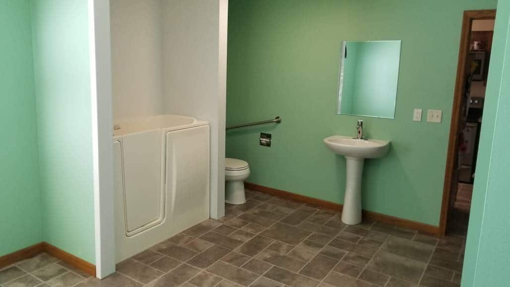 Bathroom Solutions | Coulee Region Mobility - 844-487-5617